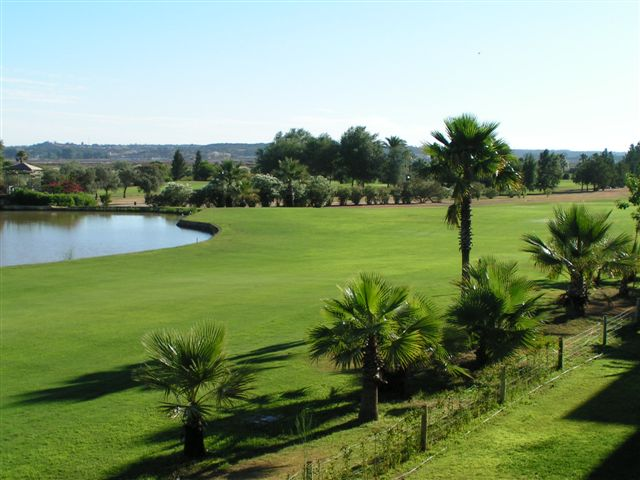 APARTMENT IN ISLA CANELA GOLF - URB. LA QUINTA